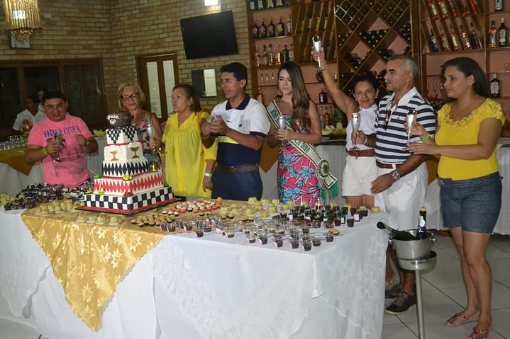 No evento também é comemorado o aniversário do colunista