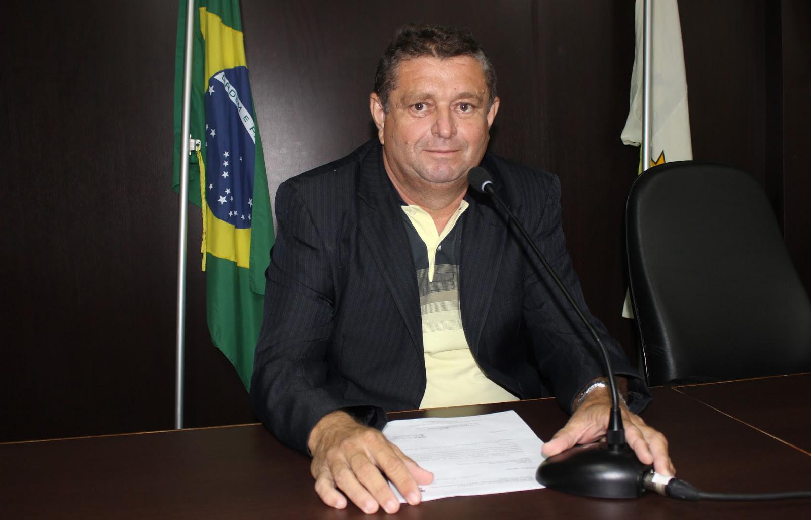 Antônio Carlos pede ações administrativas para bairro da cidade (Foto: Jailton Rodrigues)