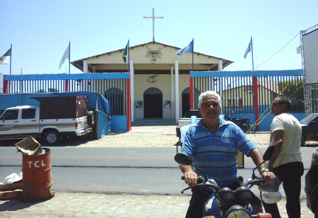 Centro Juvenil e Igreja dos Navegantes, onde acontecem as atividades festivas (Foto: Luciano Oliveira)