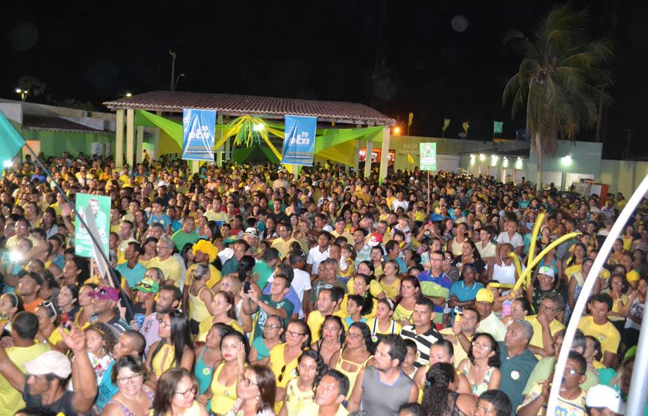 0 multidão