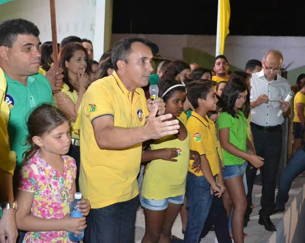 Toninho conclamou a todos para a construção de uma grande vitória (Foto: Erivan Silva)