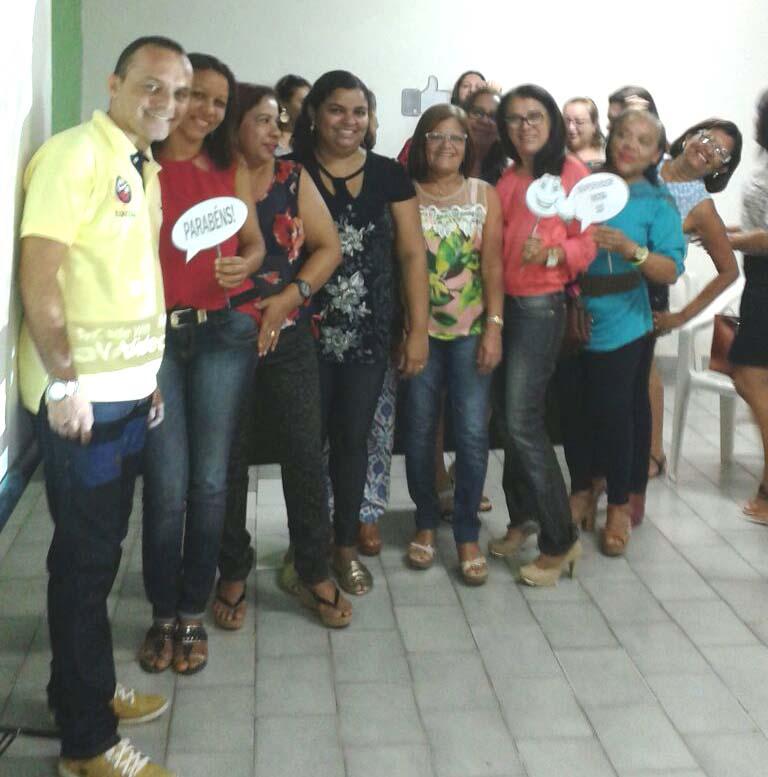 Secretário Edson Souza com educadores areia-branquenses (Foto: Erivan Silva)
