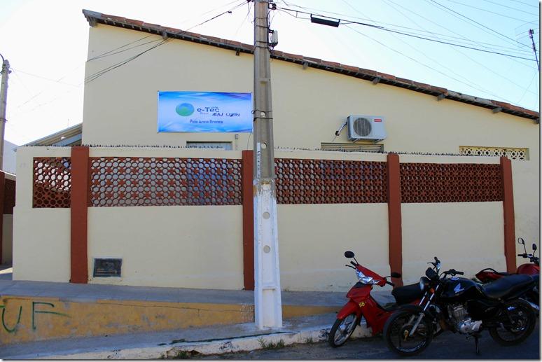 Em Areia Branca as inscrições podem ser feitas no polo do programa, à rua Desembargador Filgueira, 03, Centro (Foto: Carlos Júnior)