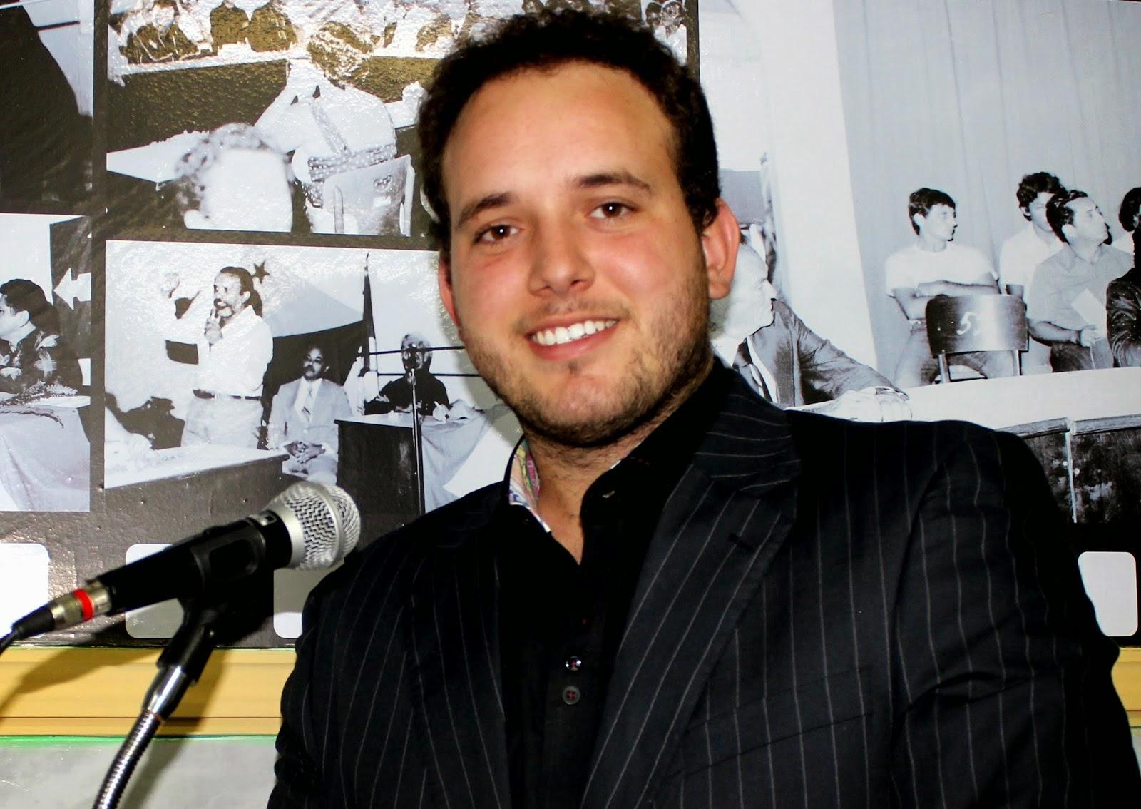 """Vereador """"Netinho Cunha"""" preside o Legislativo areia-branquense (Foto: Reprodução)"""