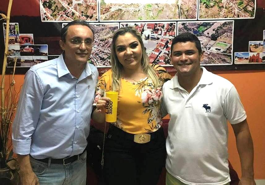 Deputado Souza prestigiou a festa da vitória da vereadora Lila Lemos