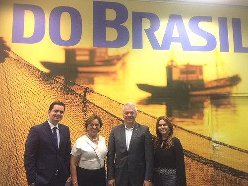 Rosalba Ciarlini com representantes do Banco do Brasil (Foto: Secom/PMM)