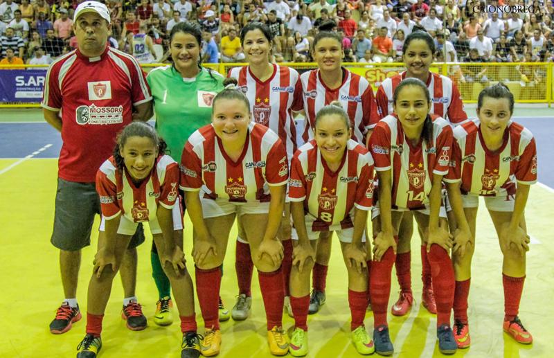 Meninas do Pererê/Potiguar foram campeãs (Foto: Caio Nóbrega)