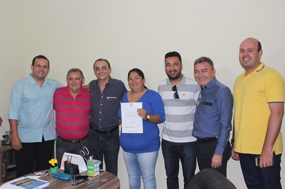 O presidente do PHS-RN, Leandro Prudêncio, acompanhou Souza na visita a Jaçanã