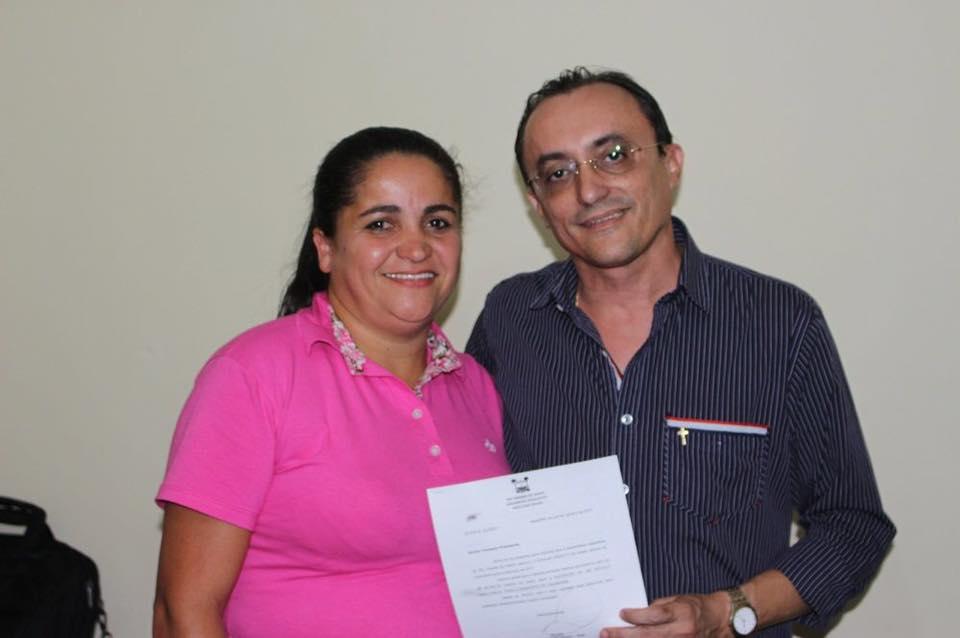 Vice-prefeita Josiane Silva agradeceu ao deputado Souza pelo apoio dado ao município