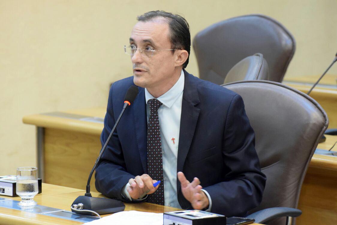 Parlamentar lamenta clima de insegurança na  sua cidade, Areia Branca