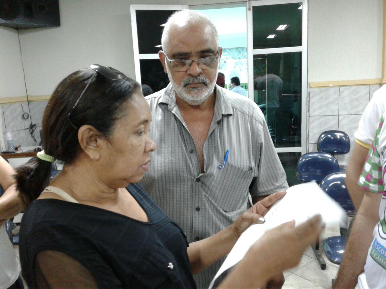 Pedro Neto, presidente do Sindicato dos Servidores, participou da sessão