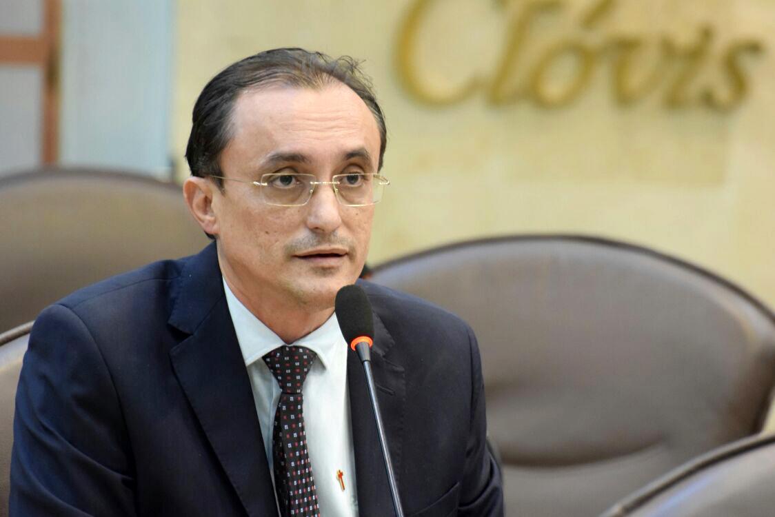 Souza critica inércia do governo com relação a segurança pública