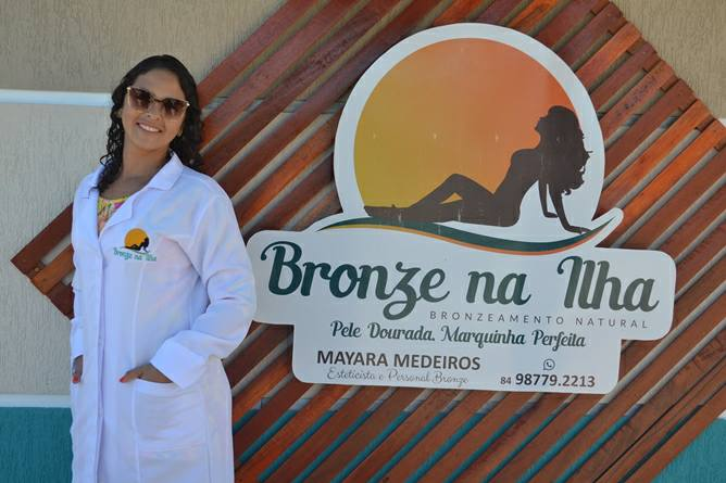 Mayara Medeiros preparou um mes inteiro de sorteios no Bronze na Ilha