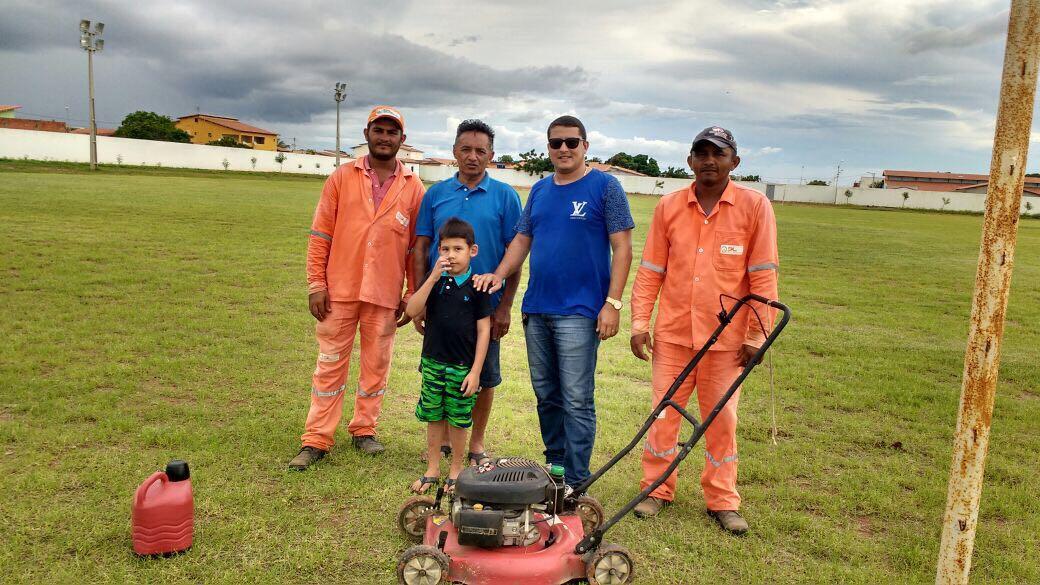 Gerente de Esporres Aécio Araújo acompanhou serviços do estádio