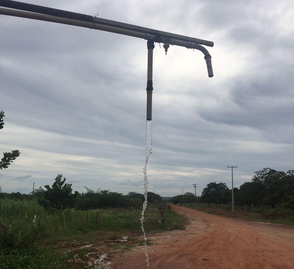 Água no poço da Vila Rio de Janeiro
