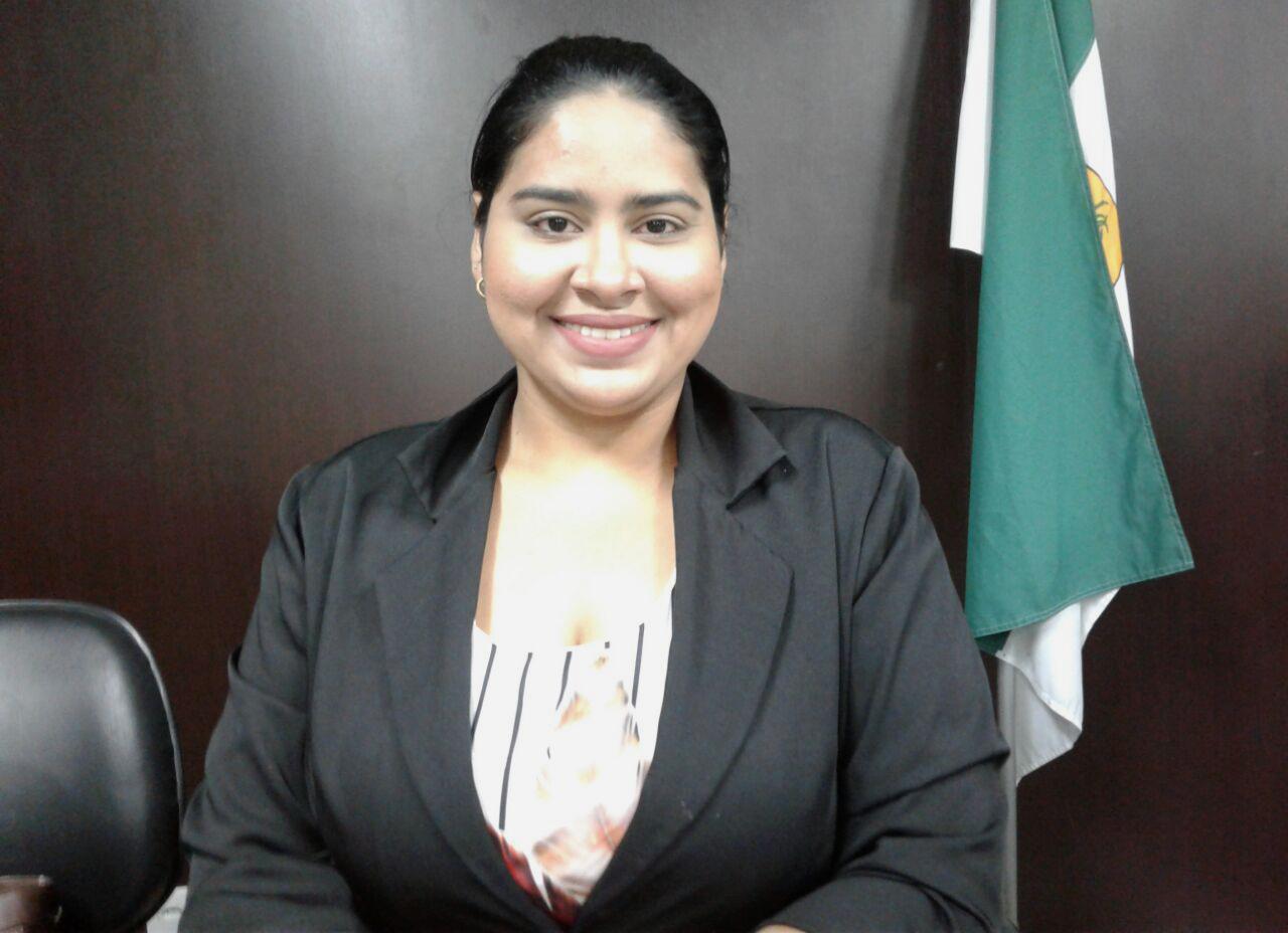 Rebeca Melo sai em defesa do uso da mão de obra local pelas empresas