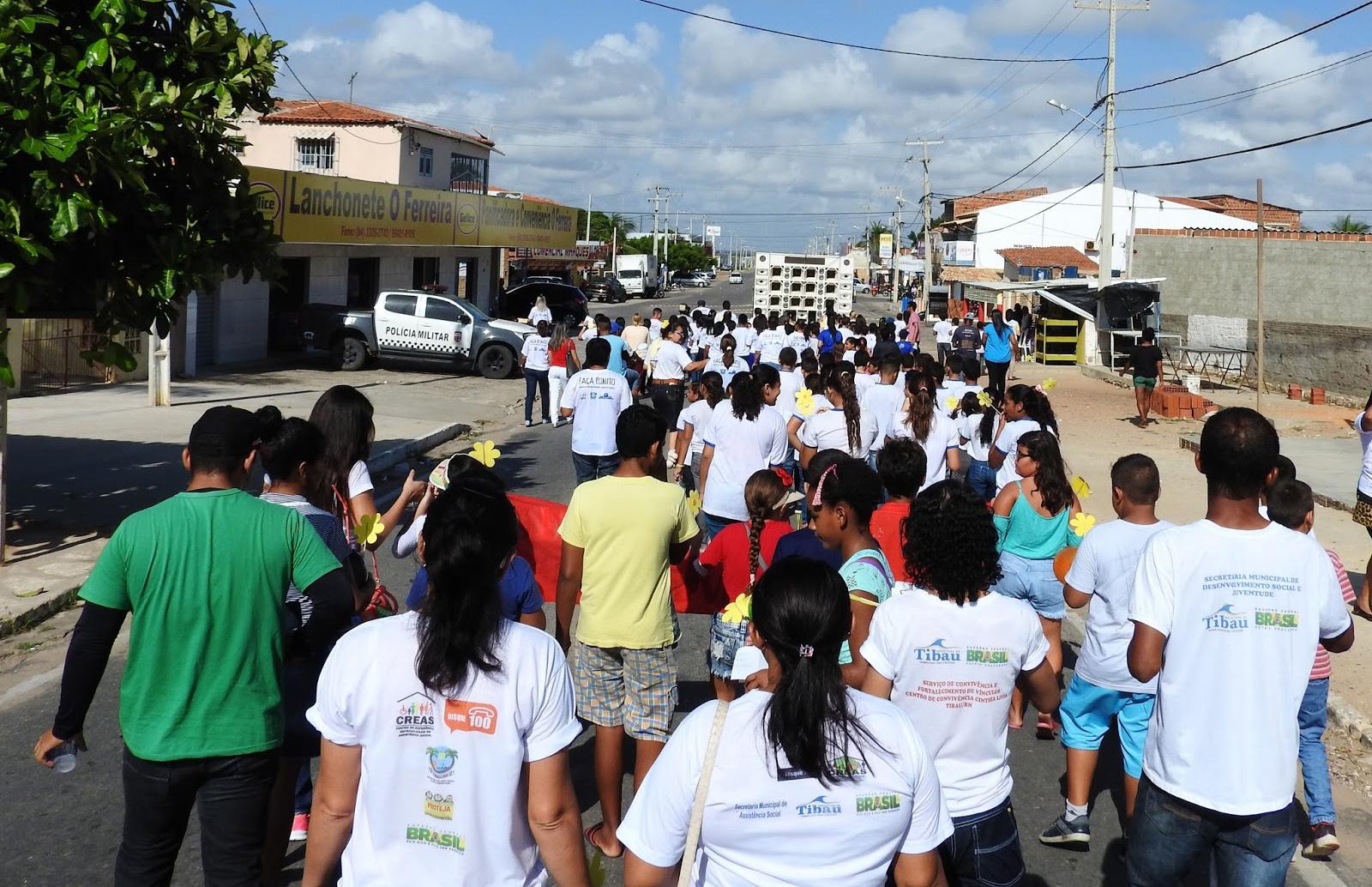 Mobilização nas ruas marcou o 18 de maio no município