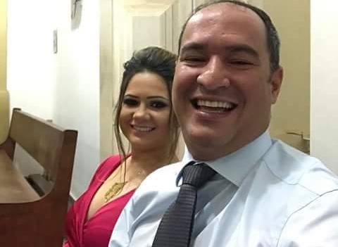 Prefeito de Carnaubais, Dr. Thiago Meira e a esposa Júlia prestigiaram o evento