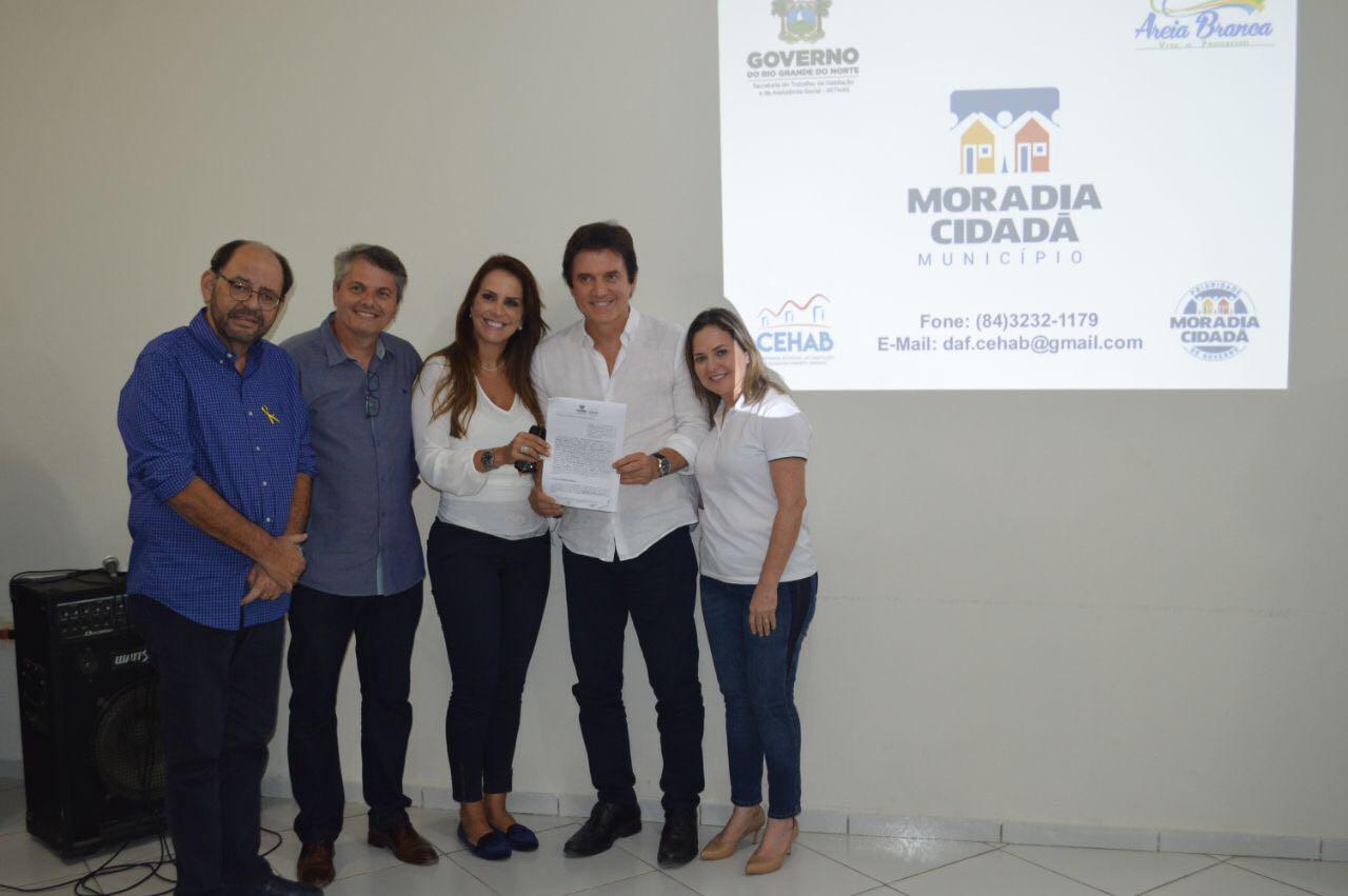 Deputado Gustavo Carvalho, Jorge, Jukianne, Robinson e iraneide Rebouças