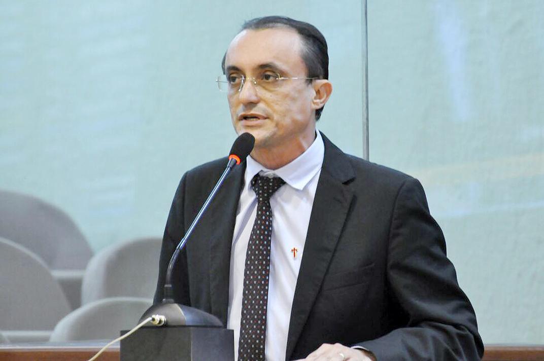 Souza apresentou um breve retrospecto da sua atuação em benefício do Estado