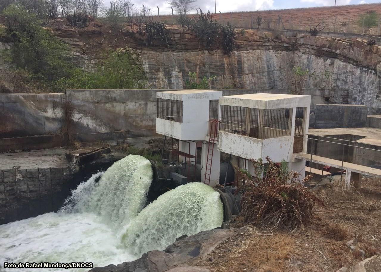 Resultado de imagem para obras da barragem armando ribeiro comportas