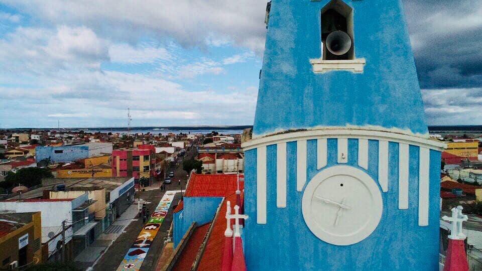 areia branquense manteve a tradição de colorir as ruas da cidade com